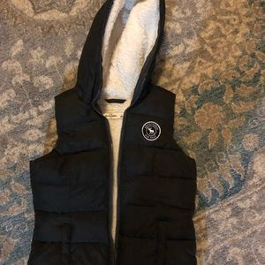 Abercrombie kids fleece lined hooded vest